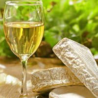 Leichter Weißwein überzeugt mit wenig als 12% Alkohol